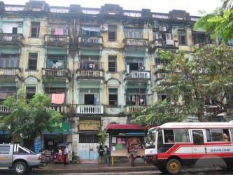 Calles Yangon Streets