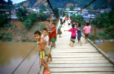 Children Muang Khoua