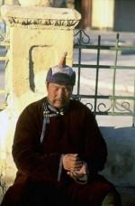 Rezando en el Monasterio Gandantegchinlen Khiid