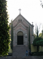 Memorial Chapel, Hill of the Bells