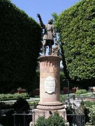 Statue Columbus, S. M. Allende